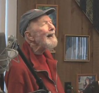 Pete Seeger singing Solar Topia